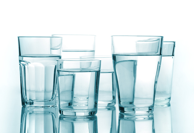 how-much-water-should-you-drink-every-day1