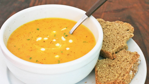 """... soup and broth recipes included in the book """"Cooking for sick people"""
