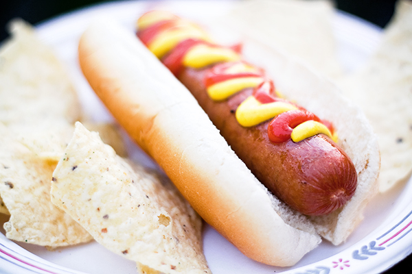 here-is-why-you-should-stop-eating-hot-dog-immediately