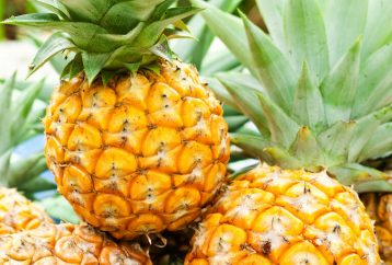 10-reasons-start-eating-pineapple-no-1-especially