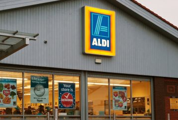 aldi-go-full-organic-bans-pesticides-rivals-whole-foods-healthiest-grocery-store