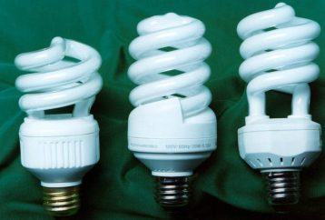 ditch-light-bulbs-cause-migraines-even-cancer