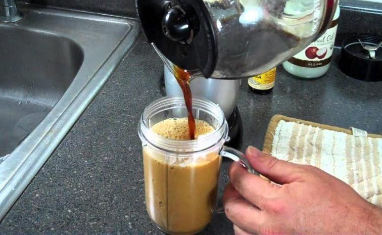 just-add-1-teaspoon-coconut-oil-mixture-morning-coffee-boost-weight-loss-burn-calories