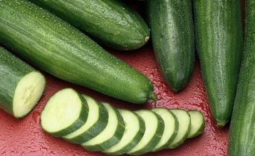 she-ate-cucumber-every-day-for-a-month-and-she-then-reported-these-changes