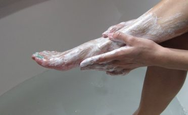 baking-soda-used-in-this-way-can-make-you-beautiful-and-years-younger