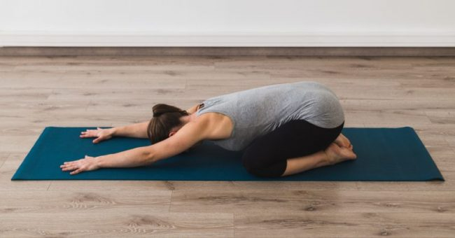12 Morning Stretches to Help You Get Rid of Pain, Stiffness and Excess Fat