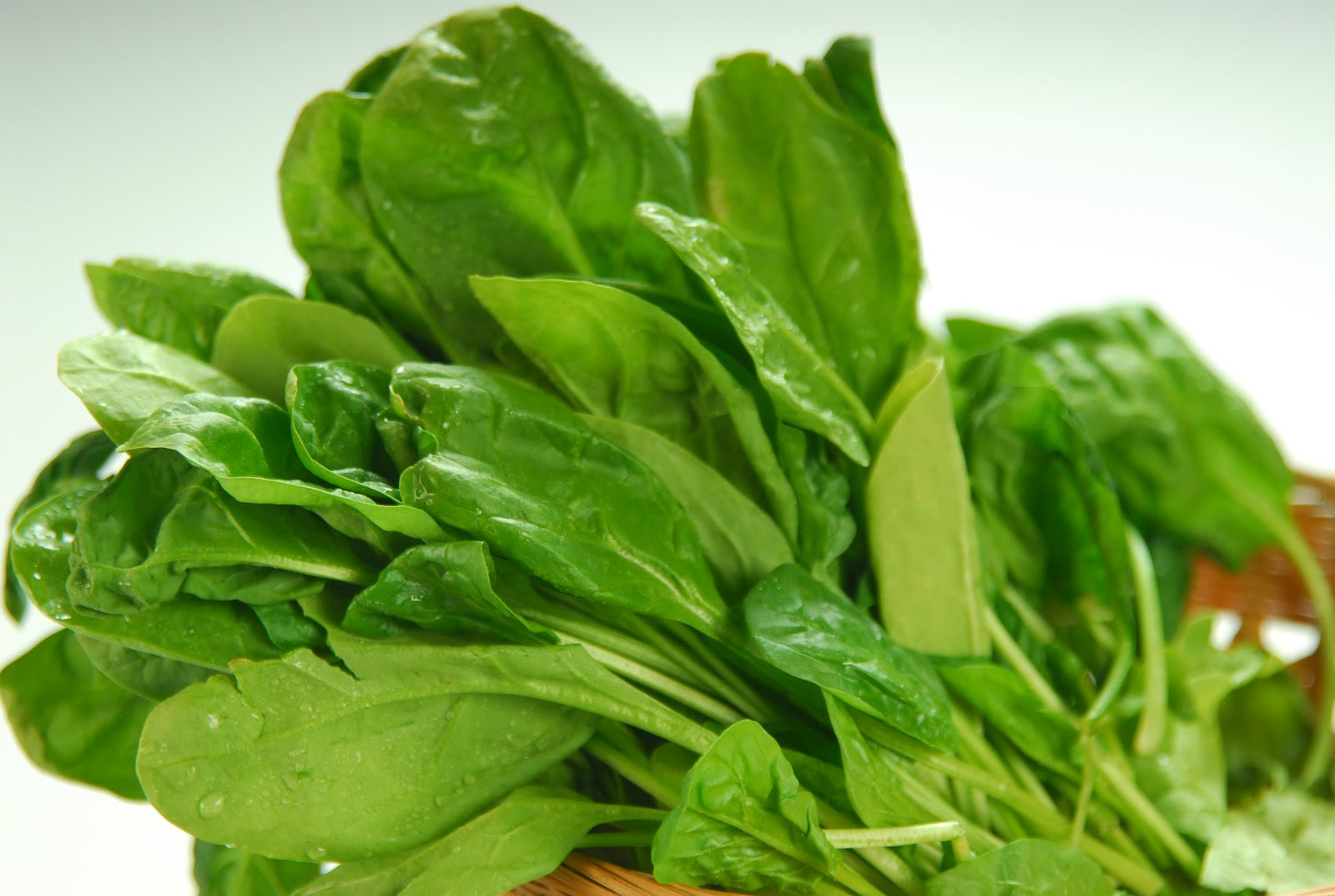 Spinach - One Of The Healthiest Vegetables In The World