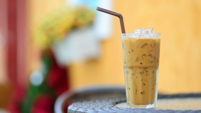 How To Make Healthy Iced Coffee at Home